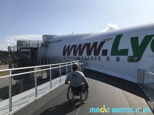 terrasse-aile-avion-jumbo-hotel