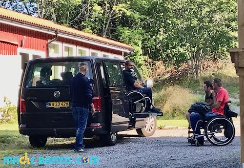 transport-wakecamp-suede